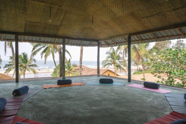 nalanda 9 - yin yoga teacher training