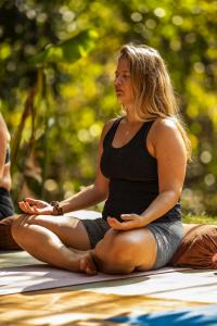 marte 2 - yin yoga teacher 200 hr certification